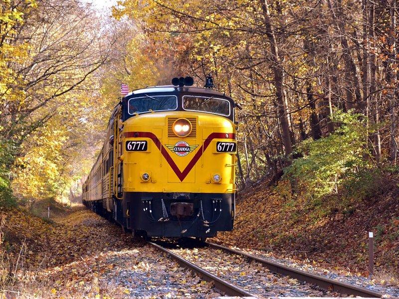 Fall Foliage Train Trip